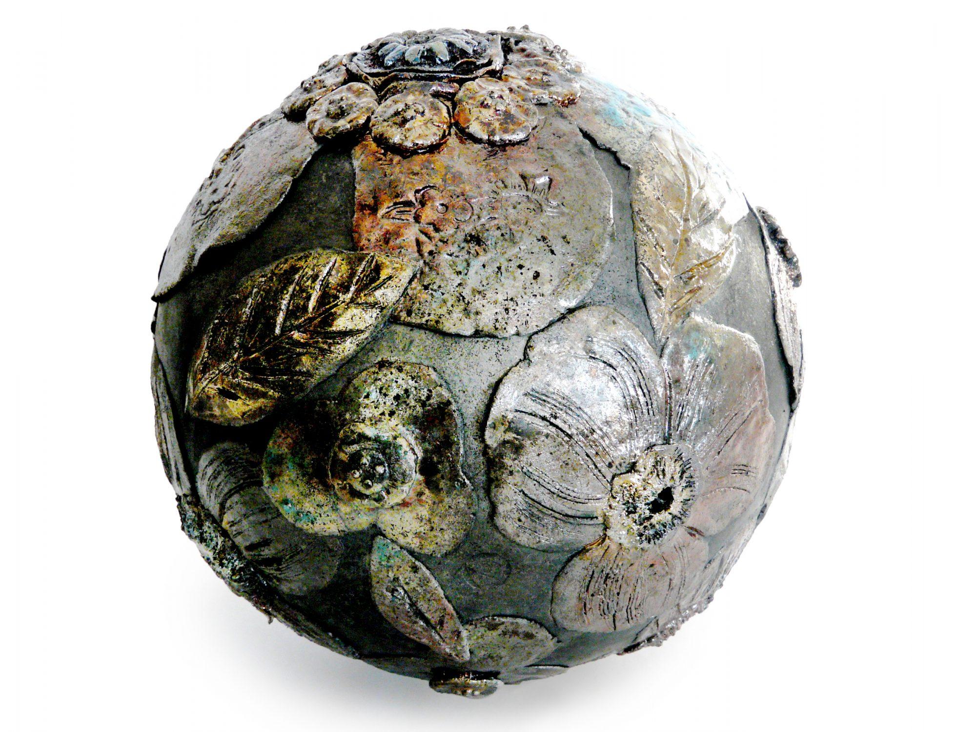 Moon d'hiver - ø : 24 CM - Grès - Raku - Gravure et relief - Nitrate d'argent - Sculptures céramique de Florence Lemiegre