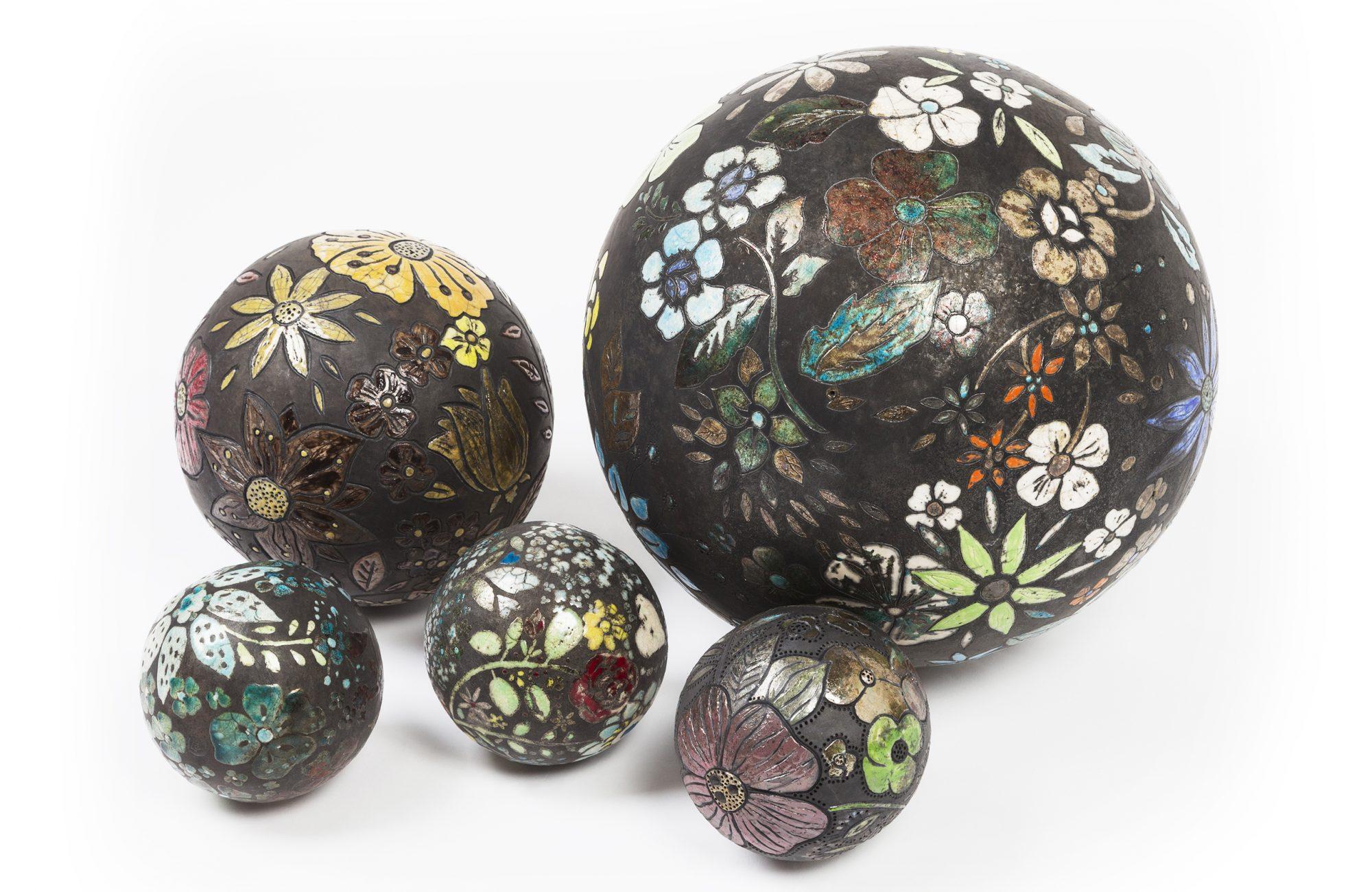 Les Moons - Installation - Grès - Raku - Sculptures céramique de Florence Lemiegre