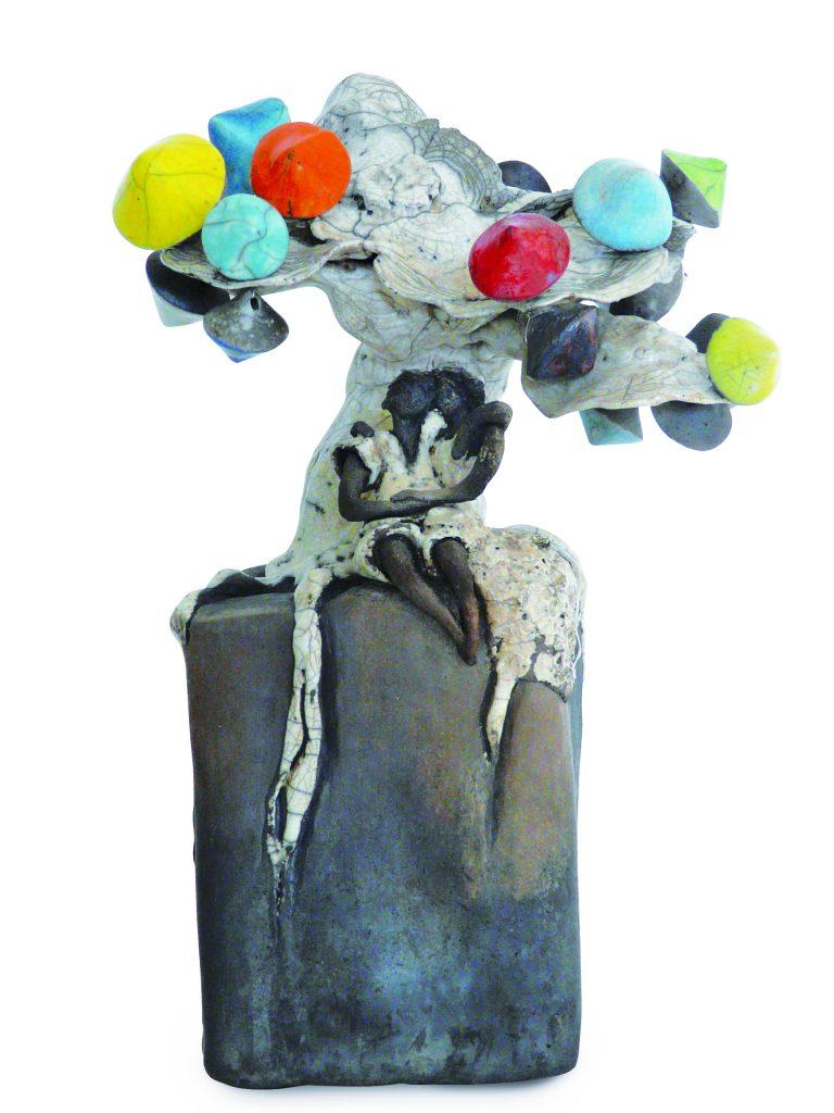 """""""Rendez-vous sous le Culbutotier en fleurs"""" - Essence d'arbre de """"La Forêt imginaire et enchantée"""", création de la sculptrice et céramiste Florence Lemiegre"""